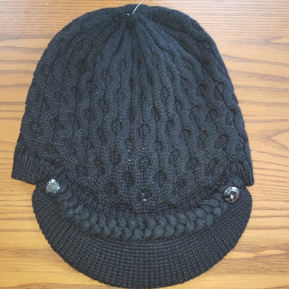 73d8acbd74b Calvin Klein cable knit hat with brim. NWT